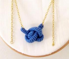 Bonds, crochet knot necklace. Nautical knot. Blue azure cotton yarn