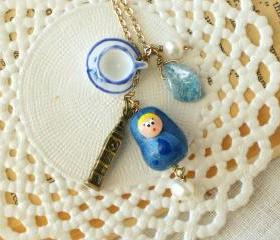 'Tea time in London' Matryoshka babushka necklace, polymer clay, in blue and white, vintage retro style