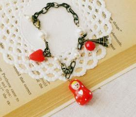 'Baiser sous la Tour Eiffel' matryoshka bracelet, polymer clay, red and white, Valentines day