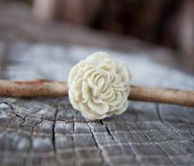 Ivory-Cream Peony Flower Antique Brass Adjustable Ring - Pearl