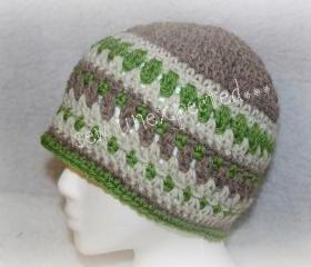 Diamonds and stripes crochet beanie
