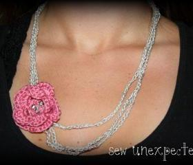 Crochet flower necklace - silver