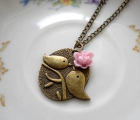 Kissing Couple Pendant - Bird Necklace - Lilac Flower Necklace 