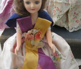 International Beauties Vintage Dolls