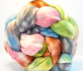 Superwash Merino Lambswool Combed Top Hand Painted Wool Roving- 4.1 oz - MISS POTTER