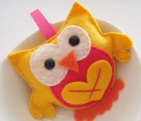 Stuffed owl, mini felt owl birthday gift for a little child A124