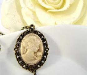 Cameo necklace, vintage style jewelry