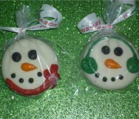 Snowman White Chocolate Covered Oreos Order of 12