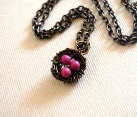 Bird nest necklace with pink turqouise