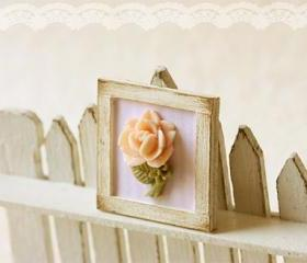 Dollhouse Miniature Shabby Chic Pink Framed Rose Decoration 