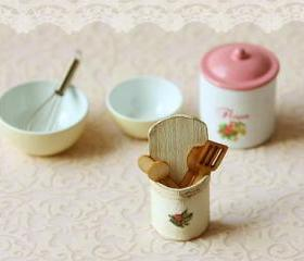 Dollhouse Accessories - Kitchen Utensils Holder