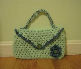 hand crochet purse - small - light green (P8)