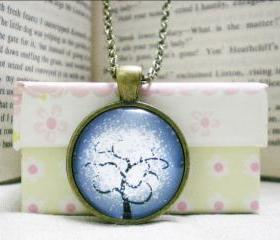 Tree Necklace, Snowing Tree, Handmade Glass Necklace Accessory (71)
