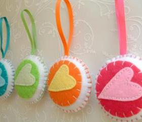 Colorful Home Decoration - Set of 4 - Bauble Heart Ornaments/favors/decor