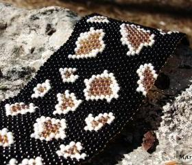 OOAK Snake Skin Natural history. Beadwoven cuff / bracelet, texture fashion jewelry. Woodland