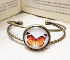 Butterfly Bracelet, Adjustable Butterfly Cabochon with Gorgeous Artsy Image, Antiqued Brass & Glass Cabochon