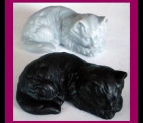 Soap - Cat Kitten - 3-D - Made With Goat Milk - Choose Your Scent and Color
