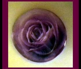 "Magnet - Purple Rose - Meaning ""Love at First Sight"" - 1 Inch Glass Circle - Valentine's Day"