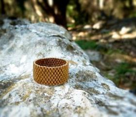 Vintage look custom band ring. Bronze beaded, Mother day gift idea. Natural story