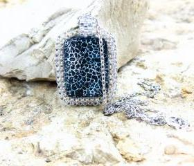 Minimalist chic fashion Black agate stone pendant. unique jewelry