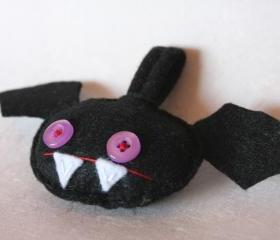 Battie - bat - keychain