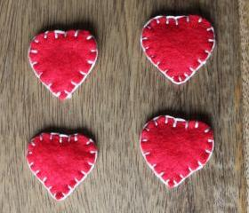 Red heart magnets set of 4. Handmade Felt
