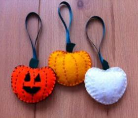Pumpkin Scary Cute Halloween Orange White Plush Toy Hanging Decoration Trick or Treat Felt