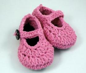 Crochet baby booties, pink mary jane style, ready to ship