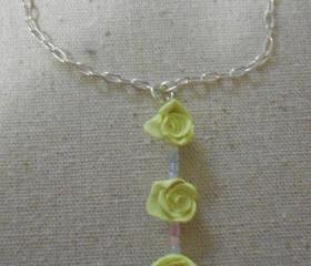 Pale Yellow Triple Rose Necklace
