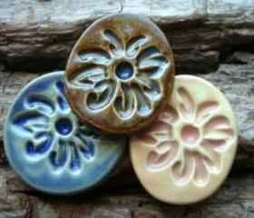 Brown stoneware cabochon