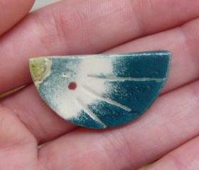 Ceramic Brooch / Gradient Birdy with Rouge