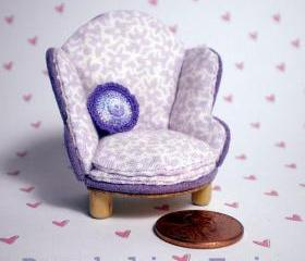Dollhouse Chair Half Scale 1/24 - Lavender Floral Print