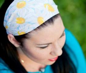 Bandana Headband, Spring Pastel Headband, Daisy Hairband, Womens/Teens Bandana- Daisies in a Blue Sky
