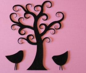 Curly tree with birds