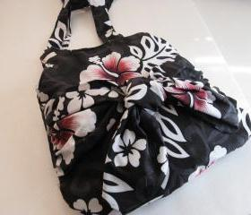 Purse Sarong in Black, White, Pink Fabric