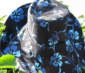 Wide Brim Sunhat in Black Blue Tropical Flower Print