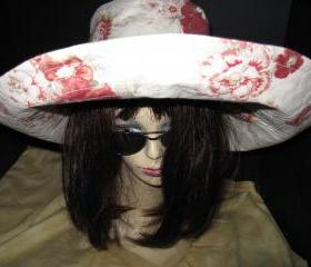 Creme Red Print Wide Brim Sunhat