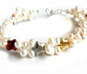Bracelet freshwater cultured white pearls trio stars silver, gold, copper - Shooting Stars - Metallic Gift for her Under 20