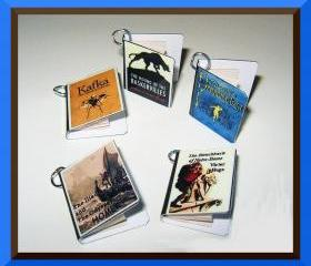 Set of 5 Classics Theme Miniature Book Charms
