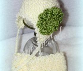 Scalloped newborn diaper cover and hat set