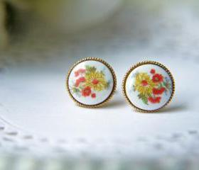 Vintage Glass Autumn Floral Cabochon Post Earrings. Gold Bezel Setting. Yellow Chrysanthemum