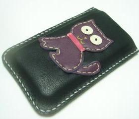MoMo the Cat iPhone Leather Case ( Black and Purple )