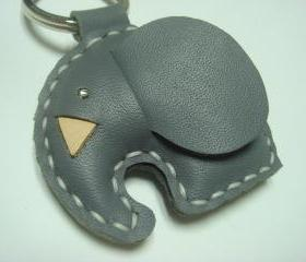 New Laura the Elephant Leather Keychain ( Dark Grey )
