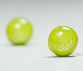 Chartreuse Shimmer Stud Earrings - Green Yellow Polymer Clay Stud Earrings - Posts Earrings - Polymer Clay Earrings