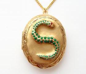 Harry Potter Slytherin Horcrux Locket with Gold Chain Necklace