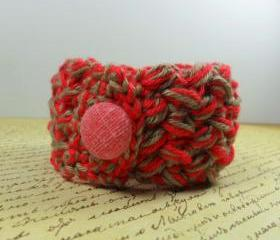 Handmade crochet bracelet - red & beige