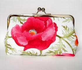 Clutch Frame Kisslock Purse Silk Lined in a Poppy Print