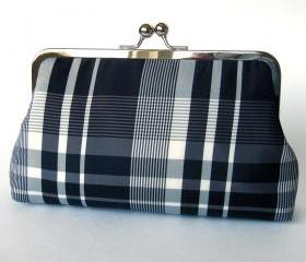 Clutch Frame Kisslock Purse Silk Lined Black Plaid