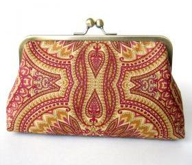 Kisslock Clutch Silk Lined Red Peacock