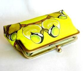 Kisslock Frame Clutch Silk Lined Yellow Birds on a Branch